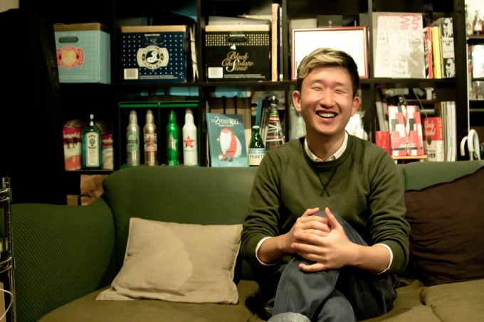 【写真】笑顔でインタビューに応えるおおたなおきさん