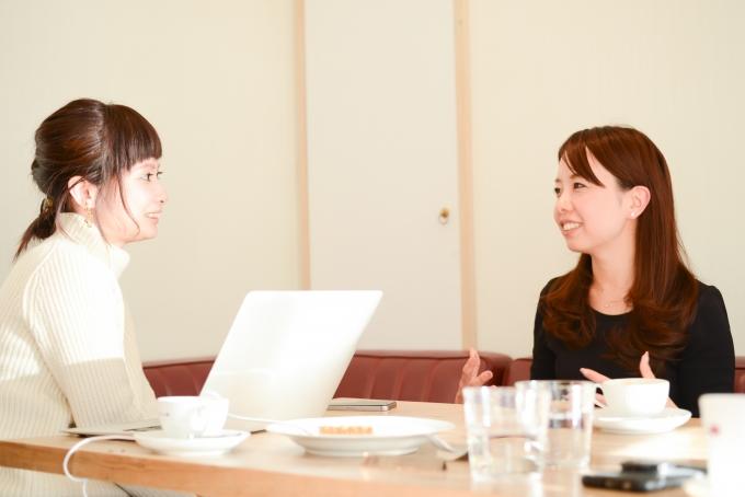児童養護施設の子どもたちに学習支援をしている3keys森山誉恵さんへのインタビュー風景