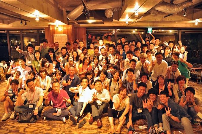 D×Pの3周年記念パーティで。今井さんは、たくさんの仲間とともにNPOを運営している