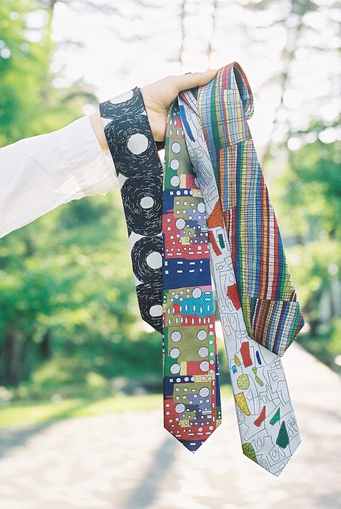 【写真】様々な個性豊かなデザインのむくのネクタイ