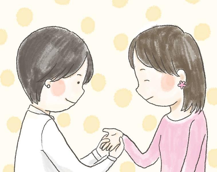 【イラスト】やさしく女性の手をさする、さかいさん