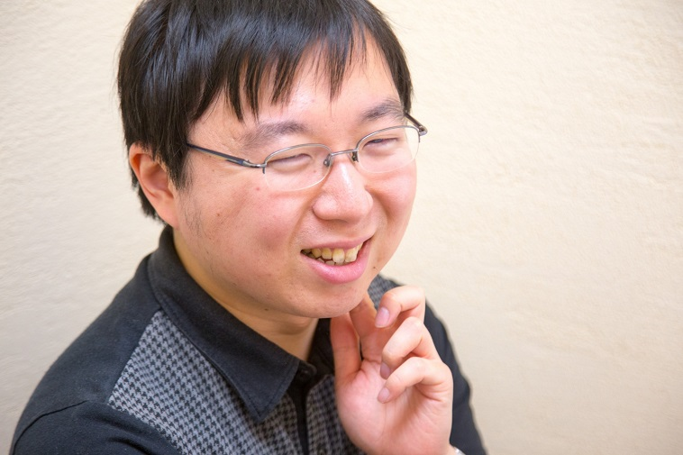 【写真】元気な様子でインタビューに答えてくれる田中さん