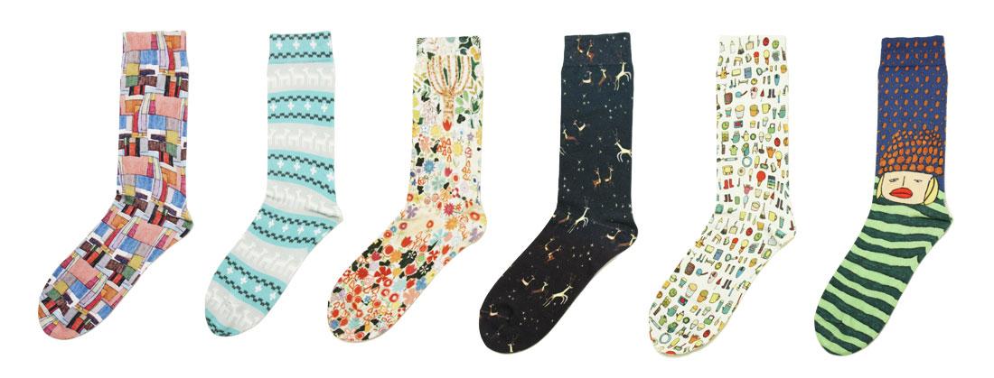 【写真】6種類の異なるデザインが並ぶ靴下