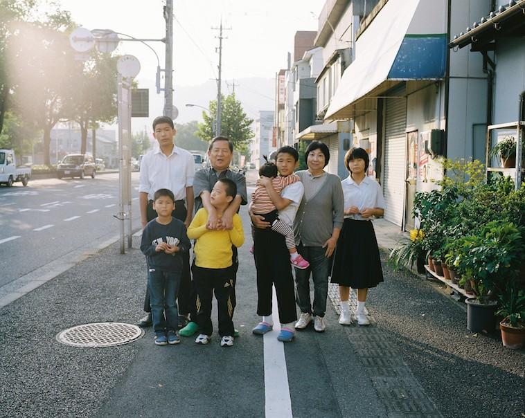 【写真】最初にフォスターの撮影を引き受けてくれたファミリーホームの稲垣さん宅。7人の子供がいる