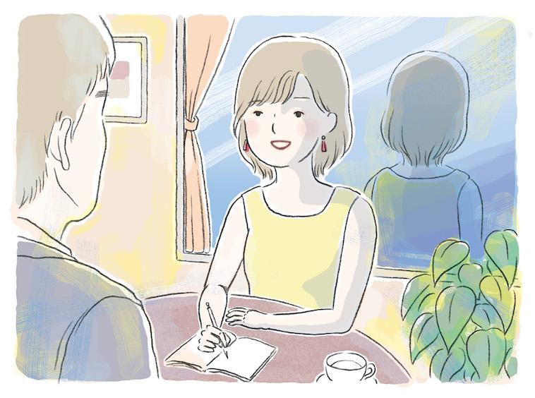 【イラスト】着飾った女性がペンとメモを片手に笑顔で誰かの話を聞いている