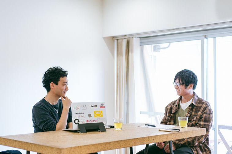 【写真】笑顔でインタビューに応えるいまいさん